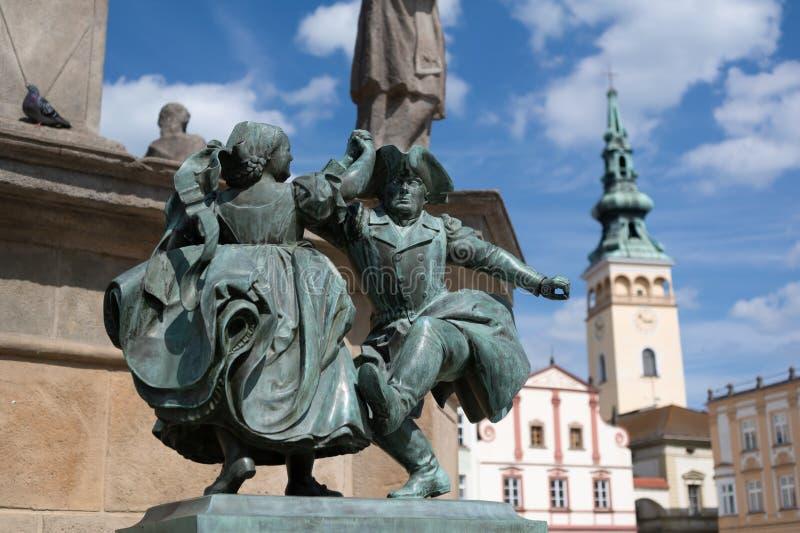 Estatua de bailarines, Novy Jicin, República Checa imágenes de archivo libres de regalías