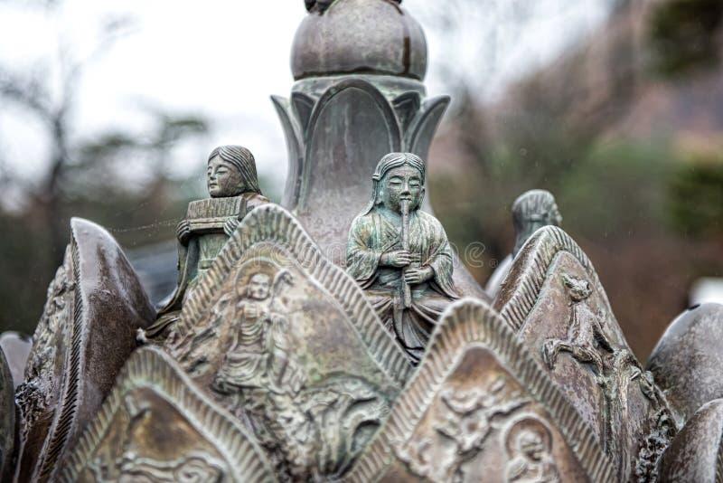Estatua de bronce de la Corea del Sur fotos de archivo