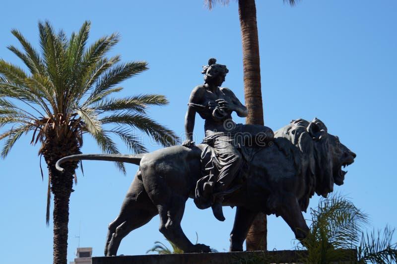 Estatua de Bronce en Palermo fotografía de archivo
