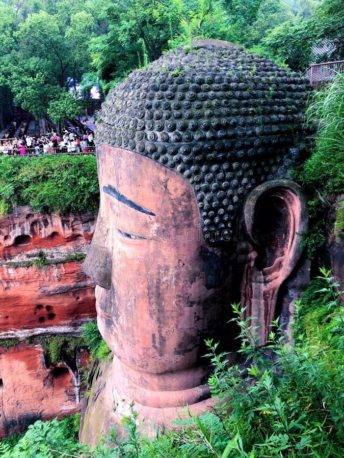 Estatua de Buda del gigante de Leshan fotos de archivo