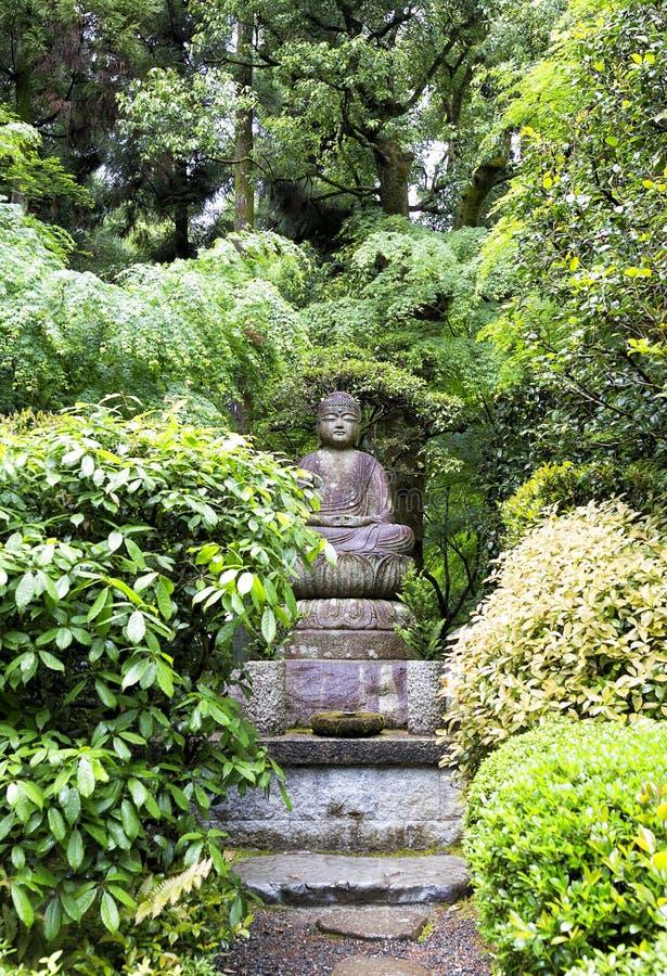 Estatua de Buda en el templo de Ryoan-ji en Kyoto fotografía de archivo
