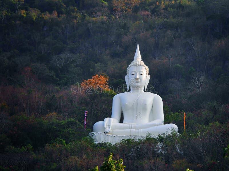 Estatua de Buda en Tailandia imagen de archivo