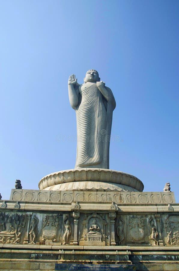 Estatua de Buda, Hussain Sagar Lake, Hyderabad, Telangana imagenes de archivo