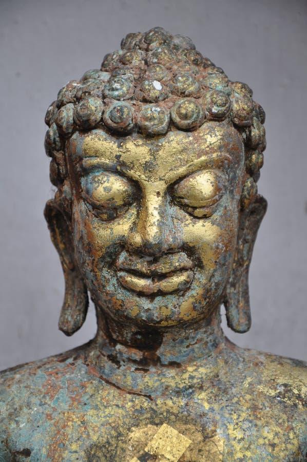 Estatua de cobre de Buda fotografía de archivo libre de regalías