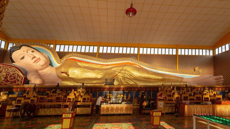 Estatua de descanso de Buddha imágenes de archivo libres de regalías