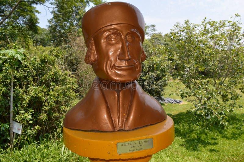 Estatua de Desiderius Erasmus fotografía de archivo