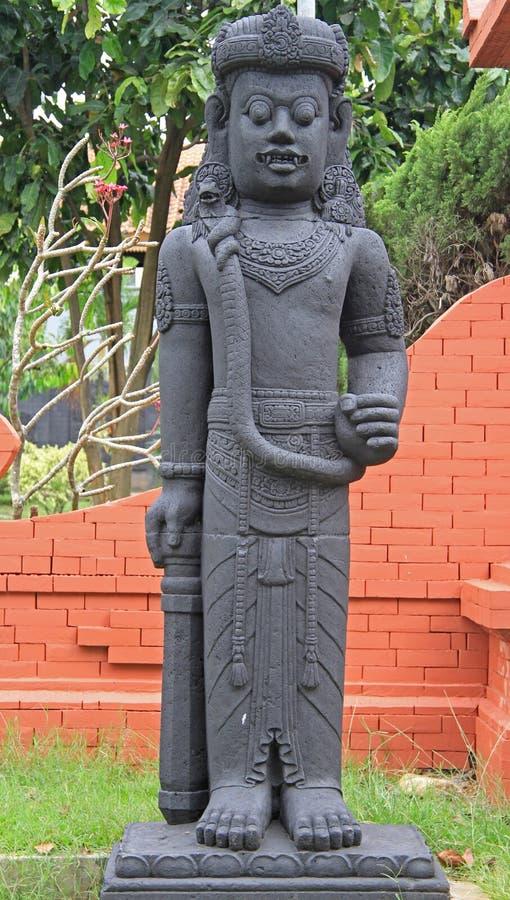 Estatua de dios indio en Taman Mini Indonesia foto de archivo