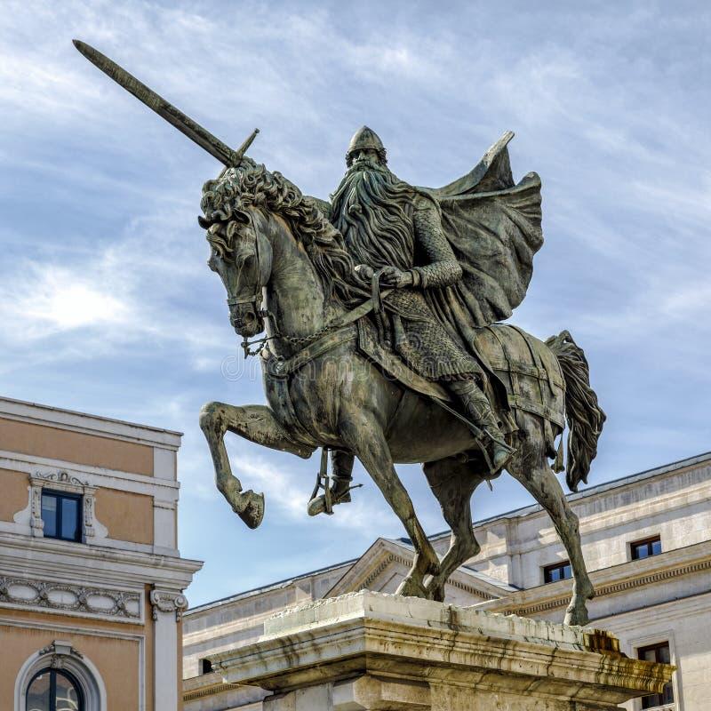 Estatua de El Cid en Burgos, España imágenes de archivo libres de regalías