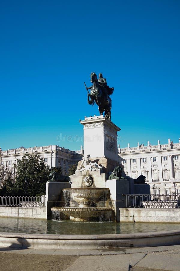 Estatua de Felipe IV, Madrid, España foto de archivo libre de regalías