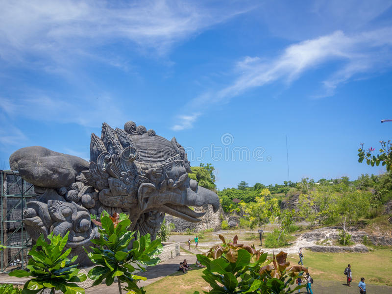 Estatua de Garuda en el parque cultural Bali Indones de Garuda Wisnu Kencana foto de archivo libre de regalías