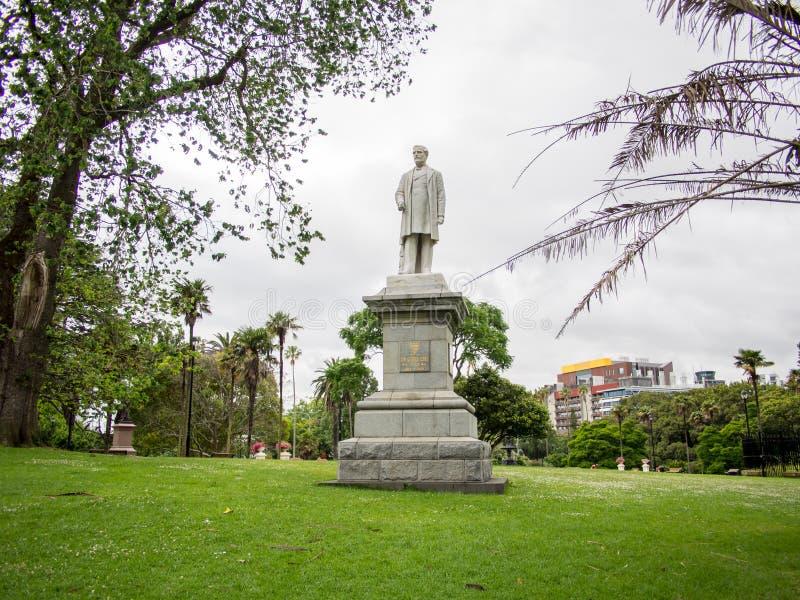 Estatua de George Grey en Albert Park, Auckland, Nueva Zelanda fotografía de archivo libre de regalías