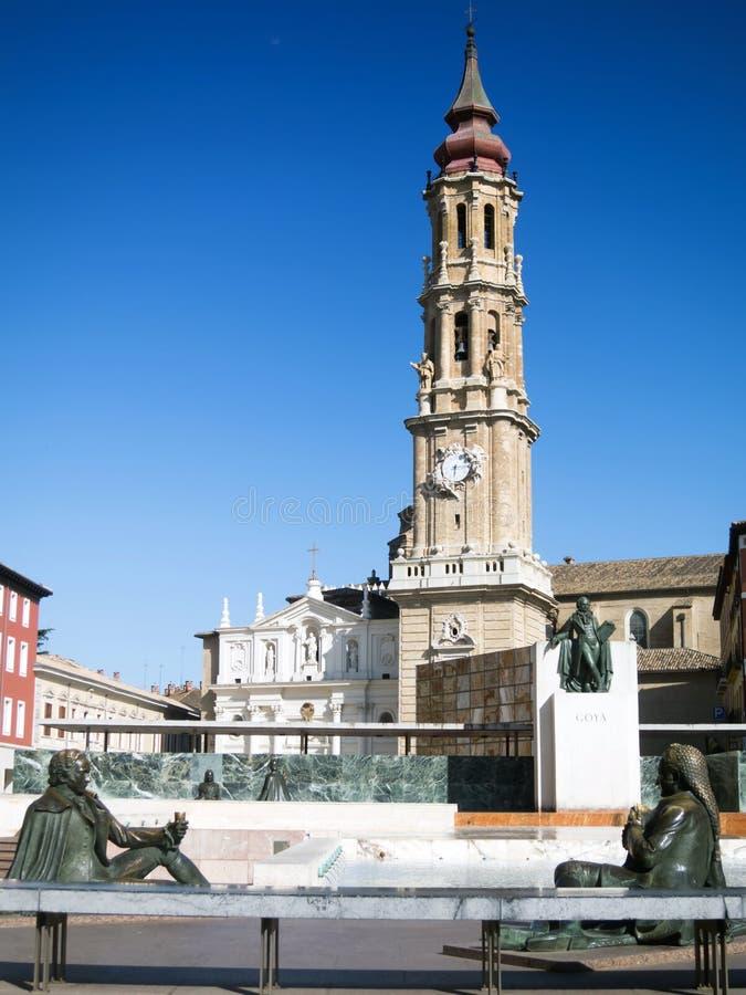 Estatua de Goya en Zaragoza foto de archivo