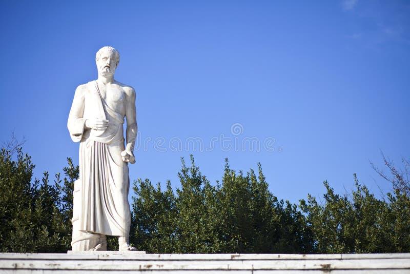 Estatua de Hipócrates imágenes de archivo libres de regalías