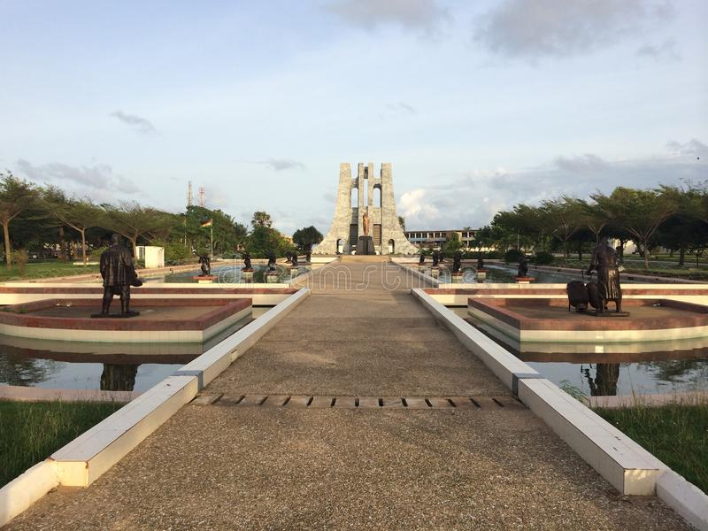 Estatua de Kwame Nkrumah foto de archivo