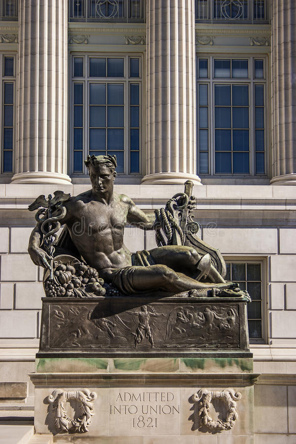Estatua de la Capital del Estado de Missouri imagenes de archivo