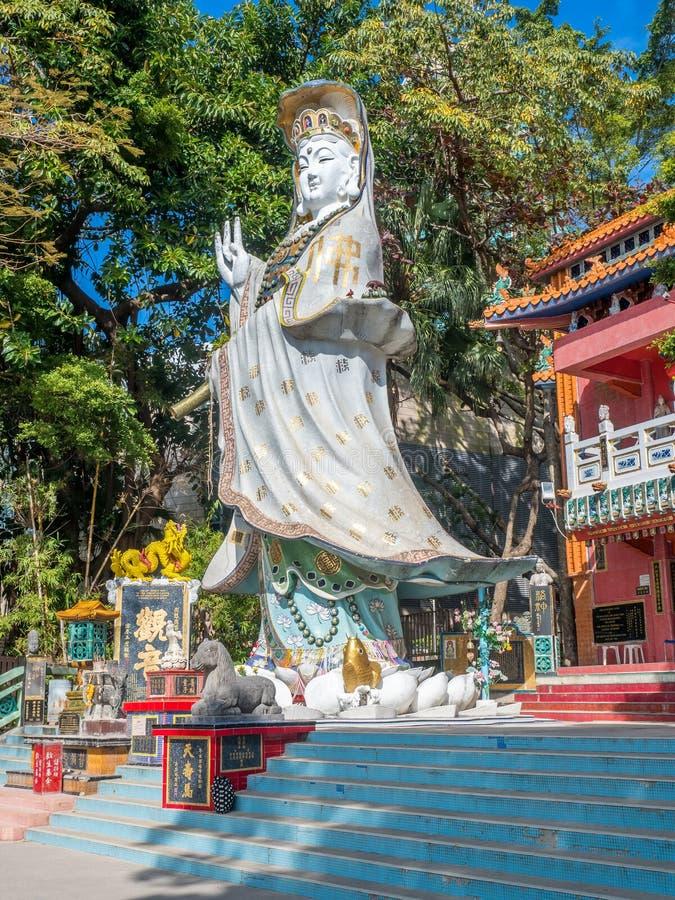 Estatua de la diosa de Guan Yin en la bahía de la repulsión, Hong Kong fotos de archivo