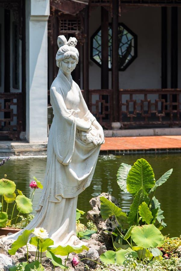 Estatua de la hembra de Mochou imágenes de archivo libres de regalías