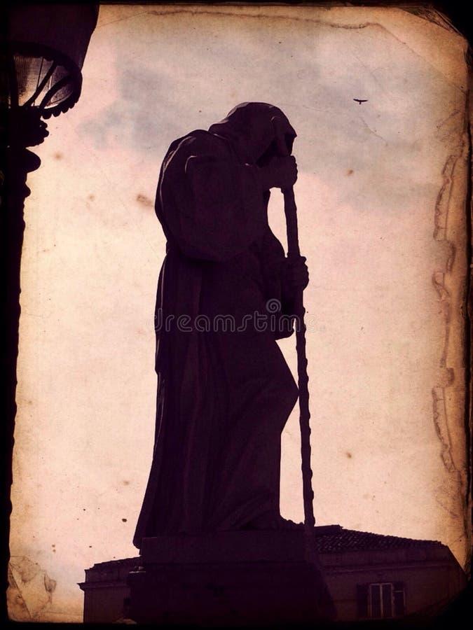 Estatua de la muerte en Italia imagen de archivo libre de regalías