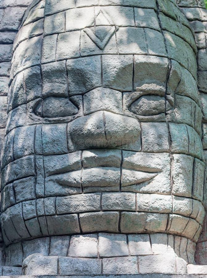 Estatua de la piedra del estilo de Maya Aztec imagen de archivo