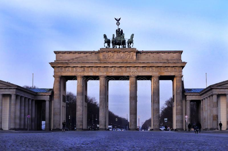 Estatua de la puerta de Brandeburgo fotos de archivo libres de regalías