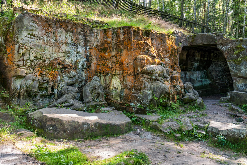 Estatua de la roca que talla el bosque de Kuks Betlem Bethlehem Braun de la formación imagenes de archivo