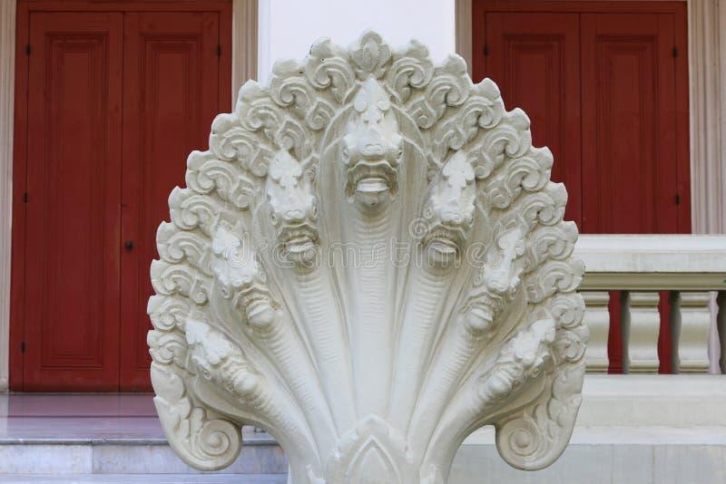 estatua de la serpiente de 7 cabezas fotografía de archivo libre de regalías