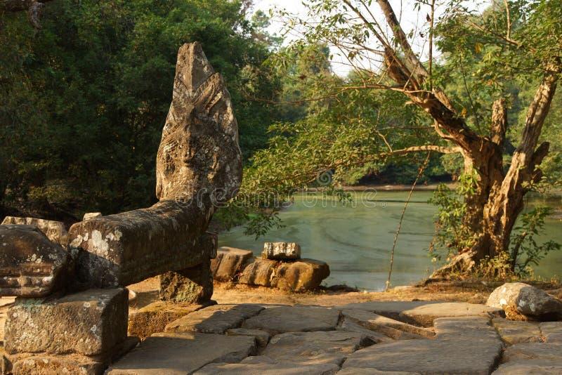 Estatua de la serpiente del Naga imagen de archivo