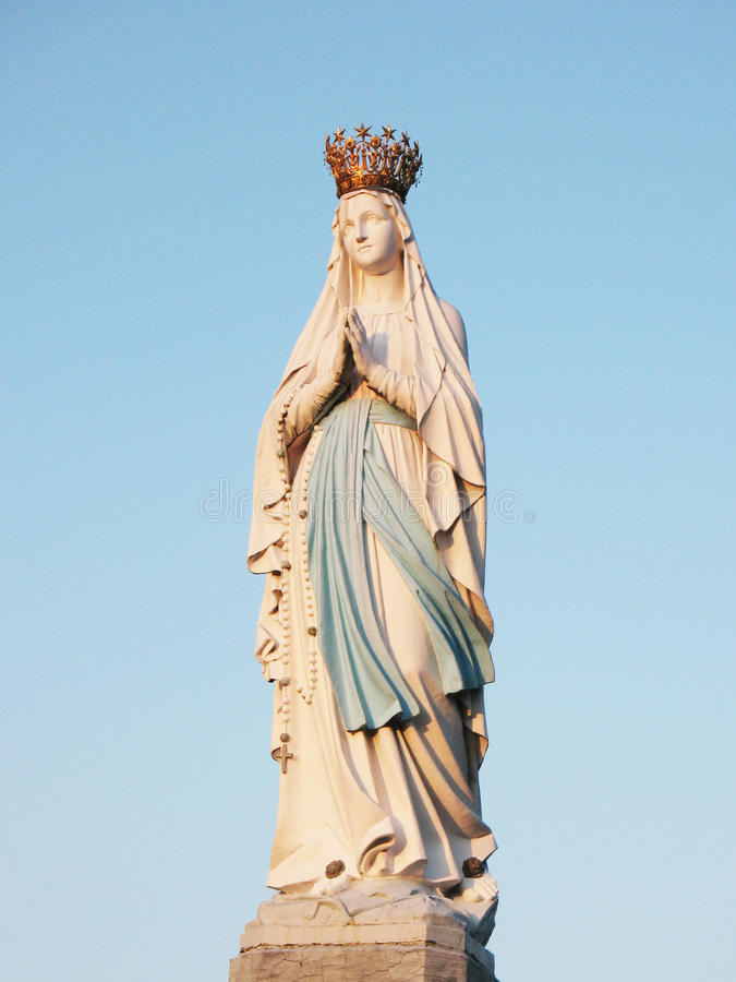 Estatua de la Virgen Maria imágenes de archivo libres de regalías