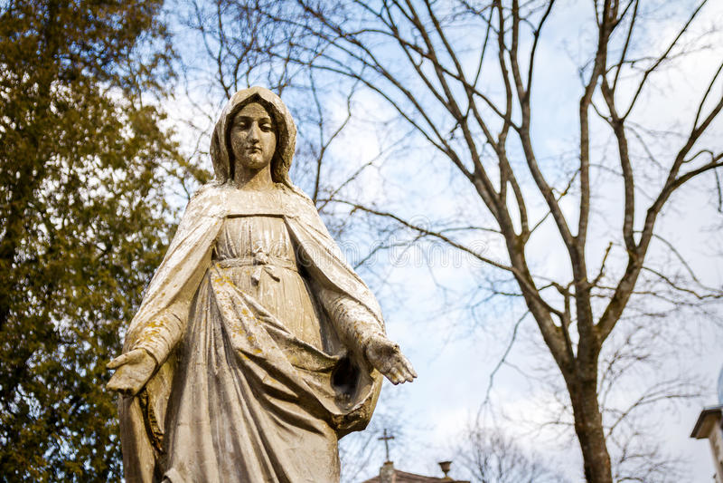 Estatua de la Virgen Maria fotografía de archivo