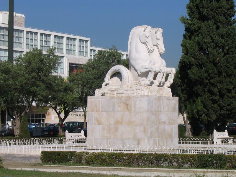 Estatua de los caballos - Lisboa fotos de archivo