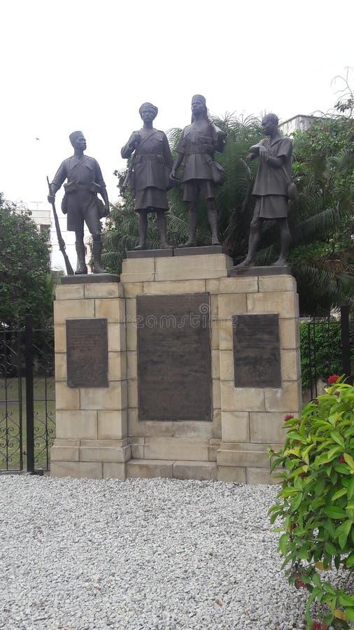 Estatua de los combatientes MOMBASA de la libertad del Kenyan foto de archivo
