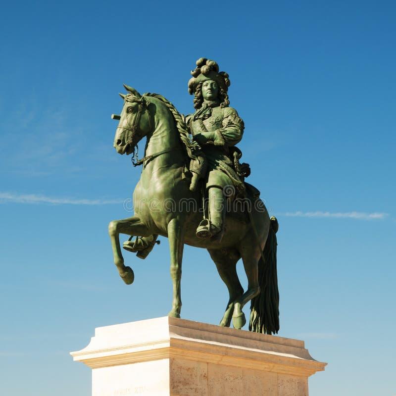 Estatua de Louis XIV fotografía de archivo