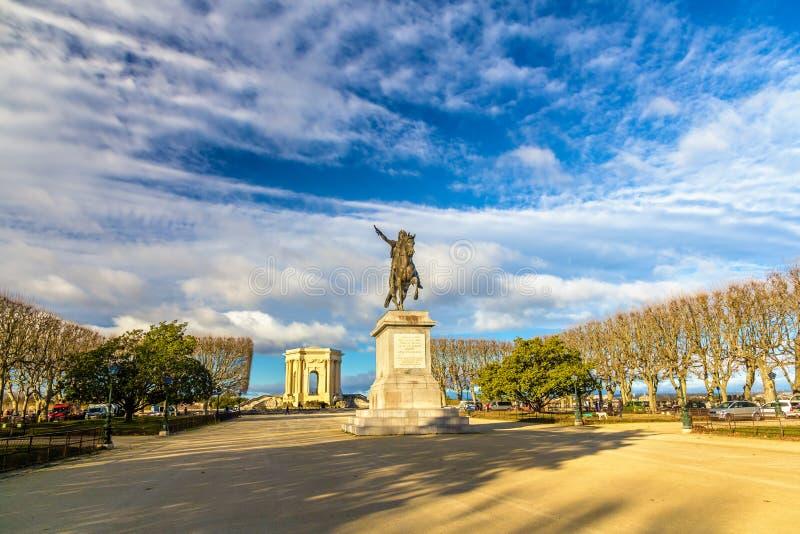 Estatua de Louis XIV en la 'promenade' du Peyrou en Montpellier imagen de archivo