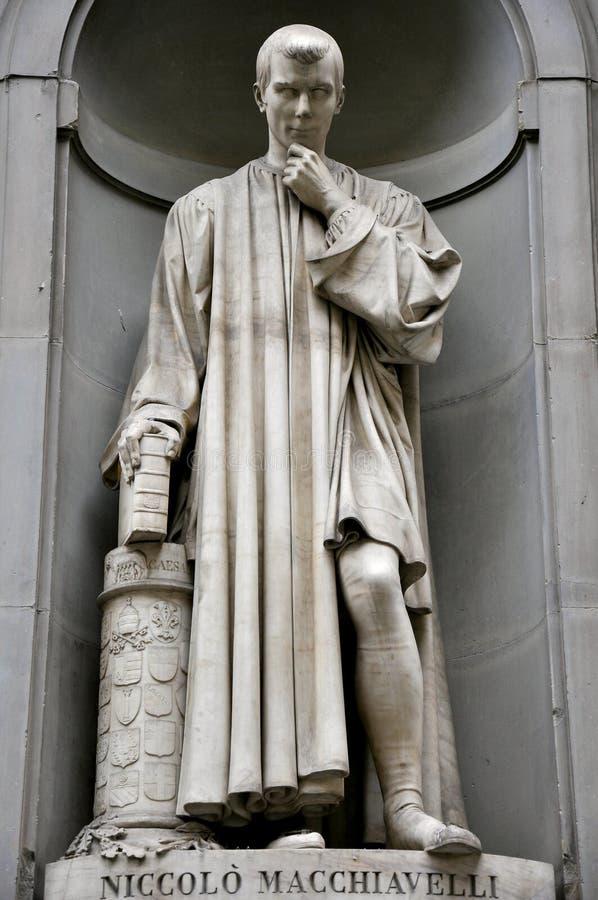 Estatua de Macchiavelli imágenes de archivo libres de regalías