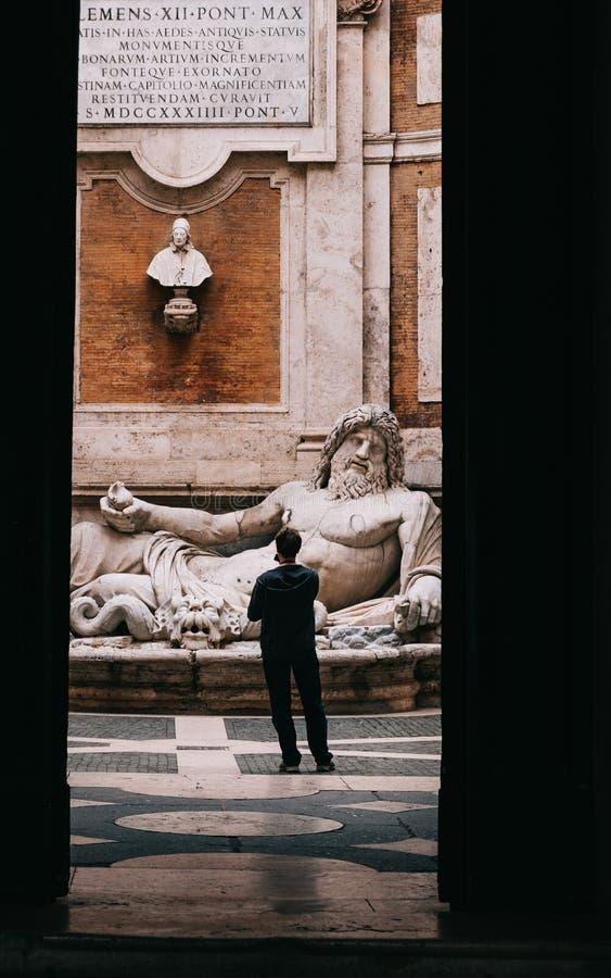 Estatua de Marforio de Roma foto de archivo libre de regalías
