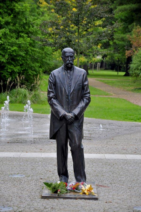 Download Estatua De Masaryk Del Carrascal De Tomas Foto de archivo - Imagen de siglo, verde: 44850564