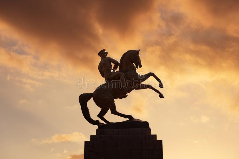 Estatua de Mustafa Kemal Ataturk en Samsun, Turquía imagen de archivo libre de regalías