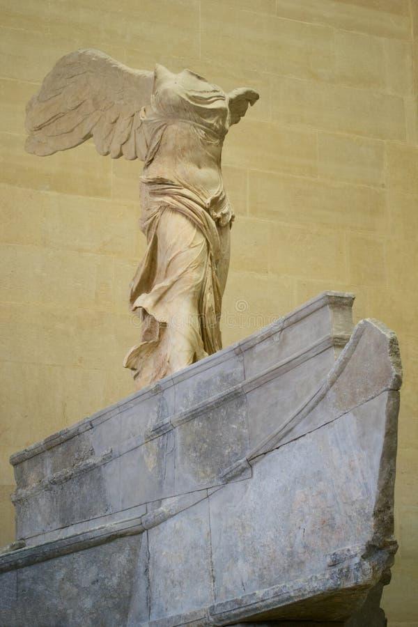 Estatua De archivo Nike De Samothrace Foto de archivo De editorial Imagen de 7af921