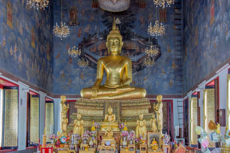 Download Estatua De Oro De Buda En Tailandia Foto de archivo - Imagen de birmania, grande: 42438952