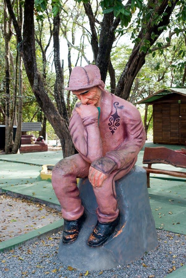 Estatua de pensamiento del hombre fotos de archivo libres de regalías