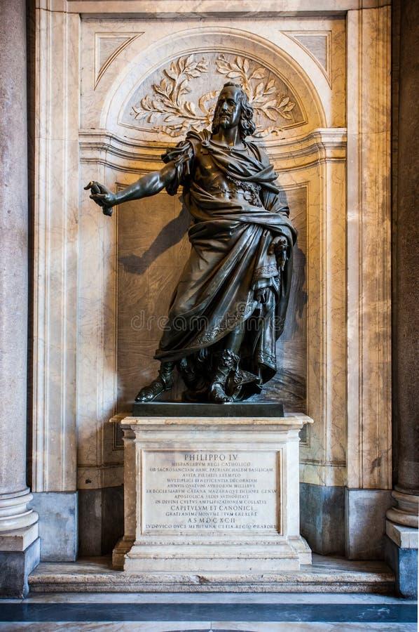 Estatua de Philip IV Felipe IV en la catedral de Santa Maria Maggiore en Roma, Italia foto de archivo libre de regalías