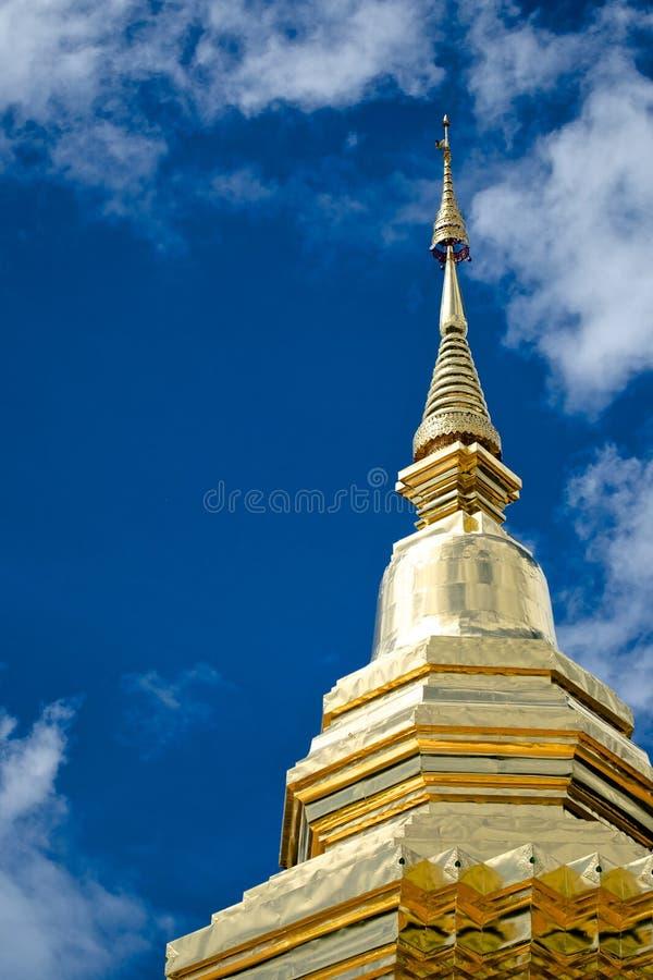 Download Estatua De Phra Thart Jom Khitti Foto de archivo - Imagen de azul, templo: 42429662