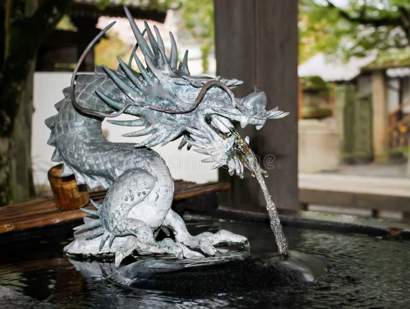 Estatua de piedra del dragón foto de archivo libre de regalías