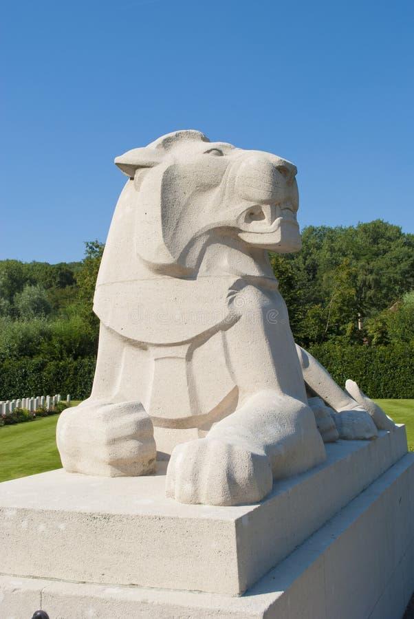 Estatua de piedra del león fotografía de archivo libre de regalías