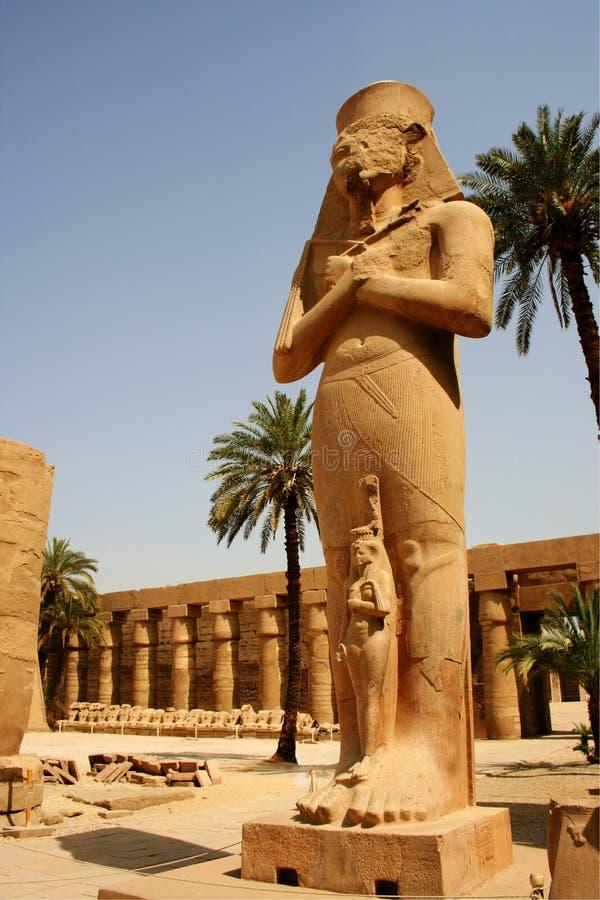 Estatua de Pinedjem, templo de Karnak, Luxor, Egipto foto de archivo libre de regalías