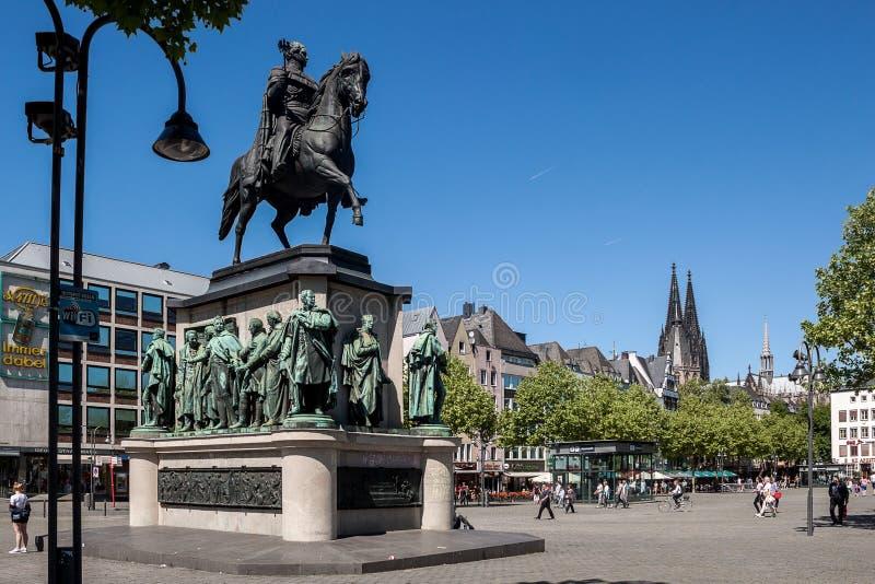 Estatua de rey Friedrich Wilhelm III en Colonia Alemania imagen de archivo
