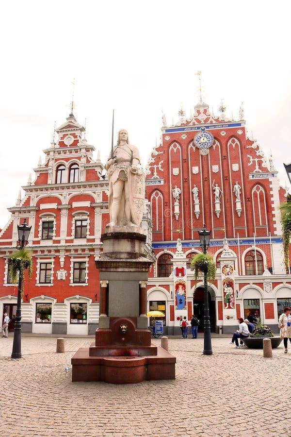 Estatua de Roland, Riga, Letonia fotos de archivo