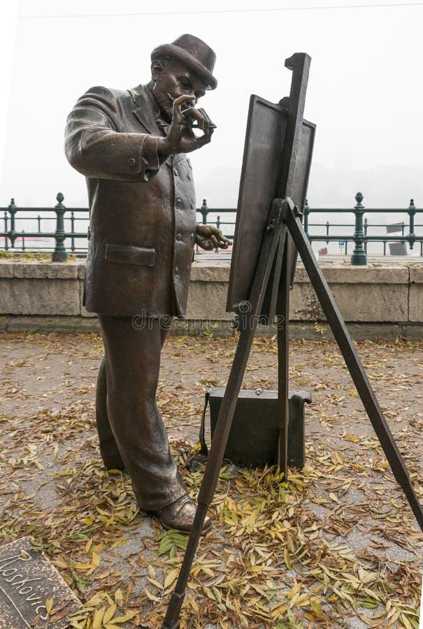 Estatua de Roskovics de un pintor en Budapest, Hungría fotografía de archivo