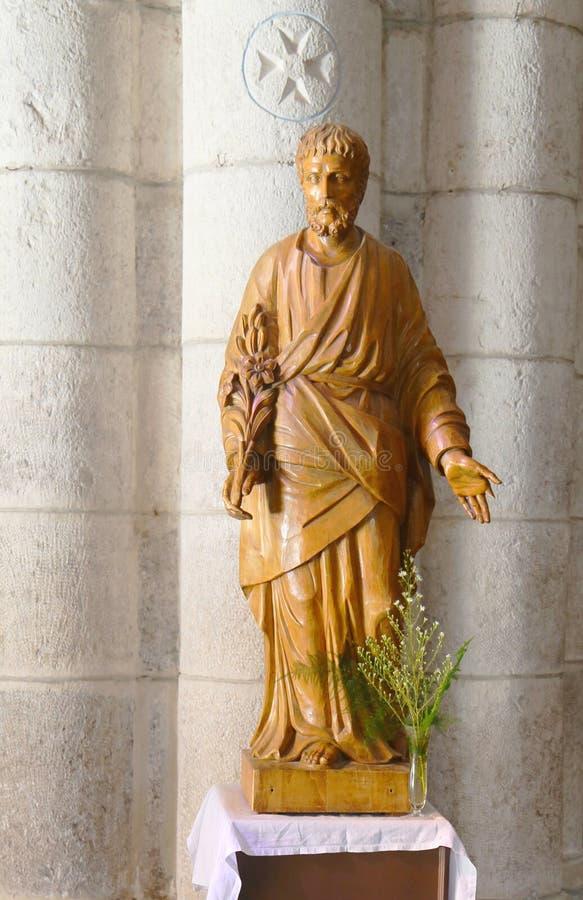 Estatua de San José dentro de la basílica del St-Saveur en Rocamadour, Francia fotografía de archivo libre de regalías