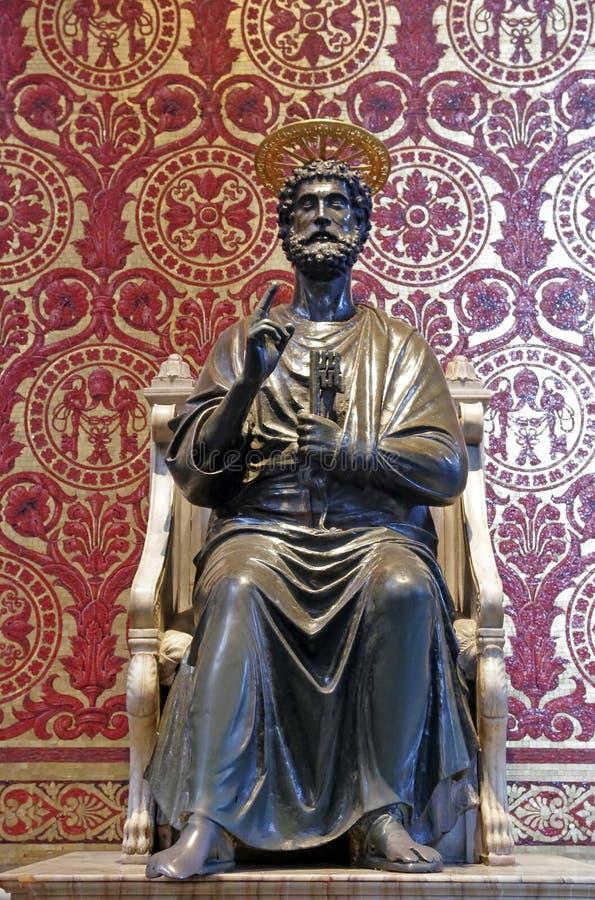 Estatua de San Pedro foto de archivo libre de regalías